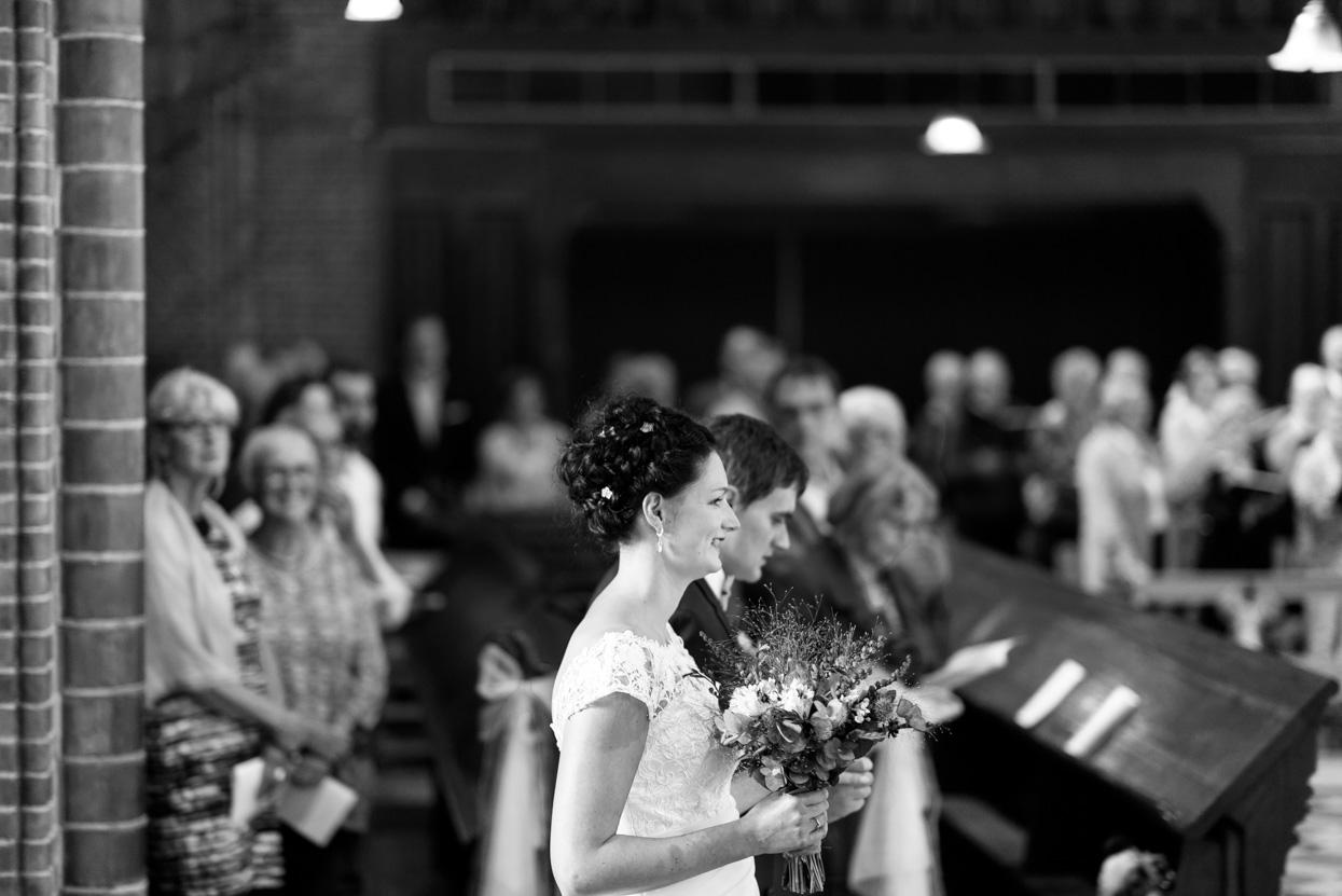 Bruidspaar bruiloft Eindhoven Achelse Kluis