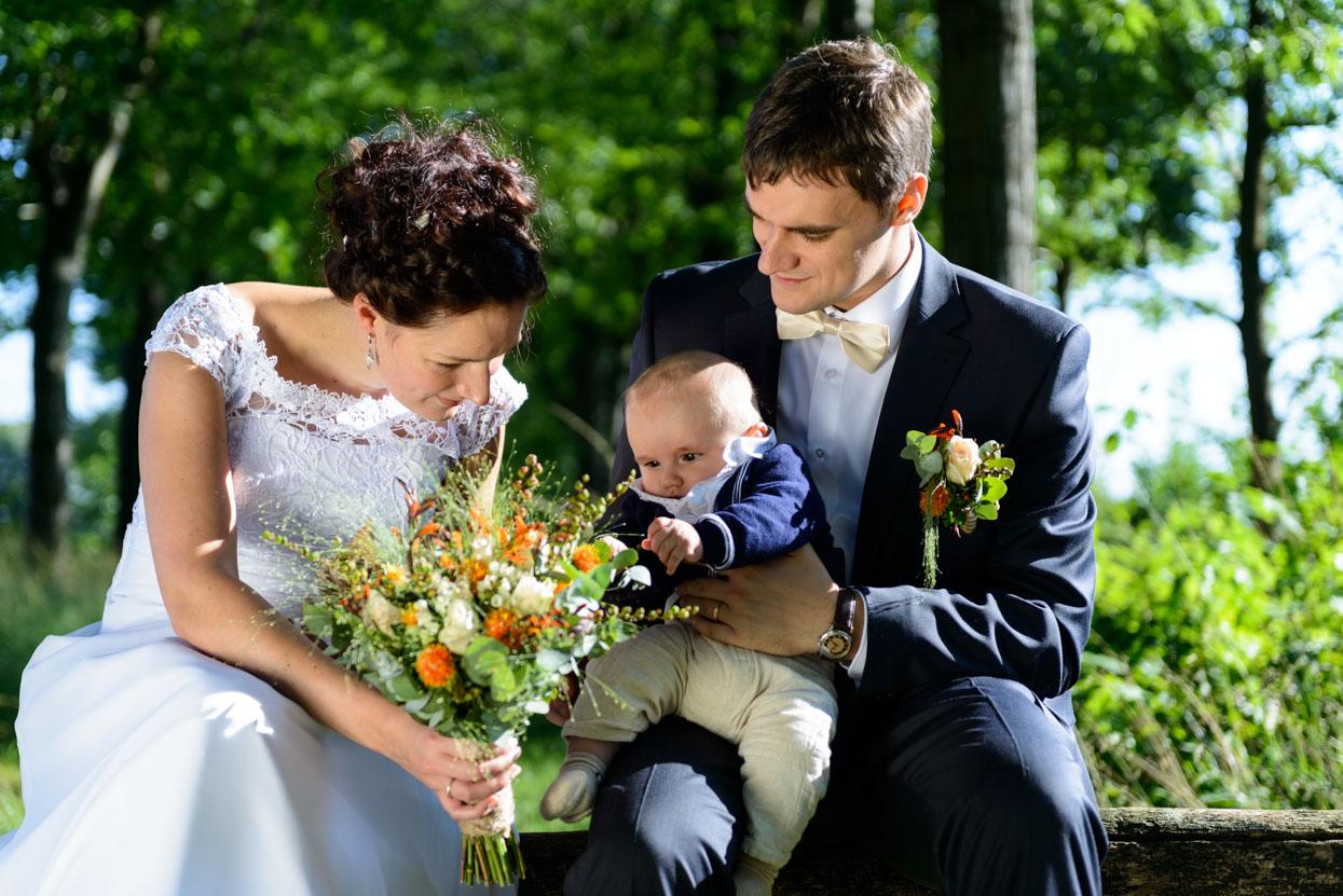 Gezinsfoto bruiloft Eindhoven Achelse Kluis