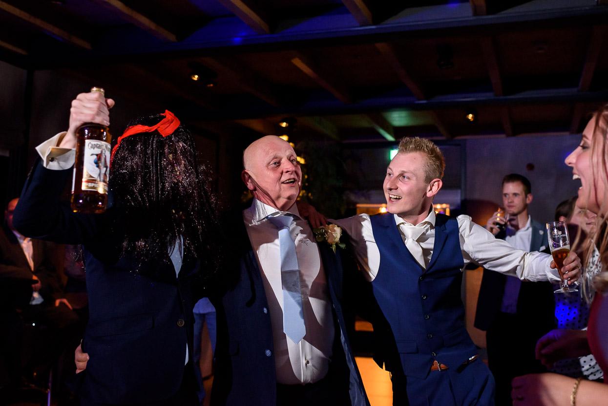 feestfoto's op de bruiloft