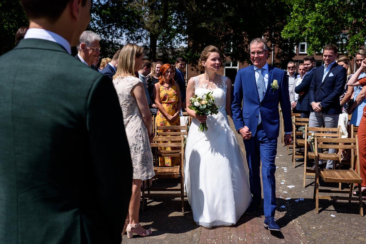 first look bij aanvang van de ceremonie