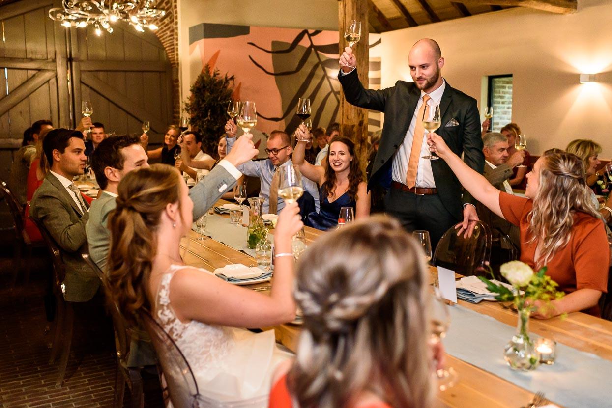 trouwfoto's kasteelhoeve geldrop dineren brasserie