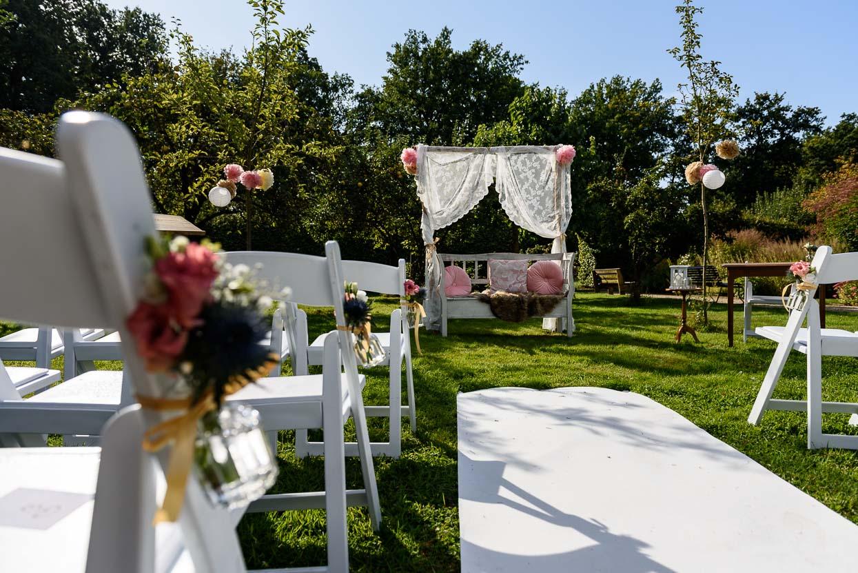op zoek naar je trouwlocatie, buiten trouwen