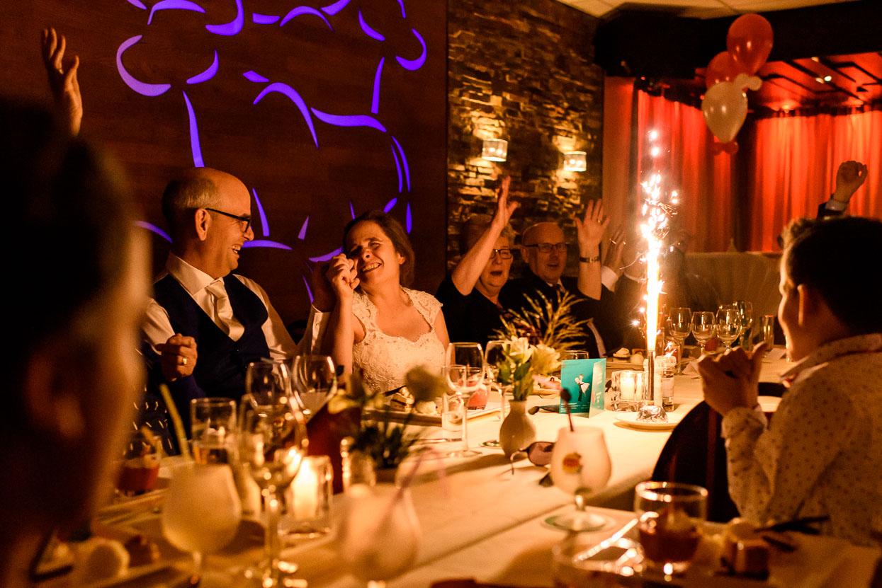 diner met intimi op je bruiloft