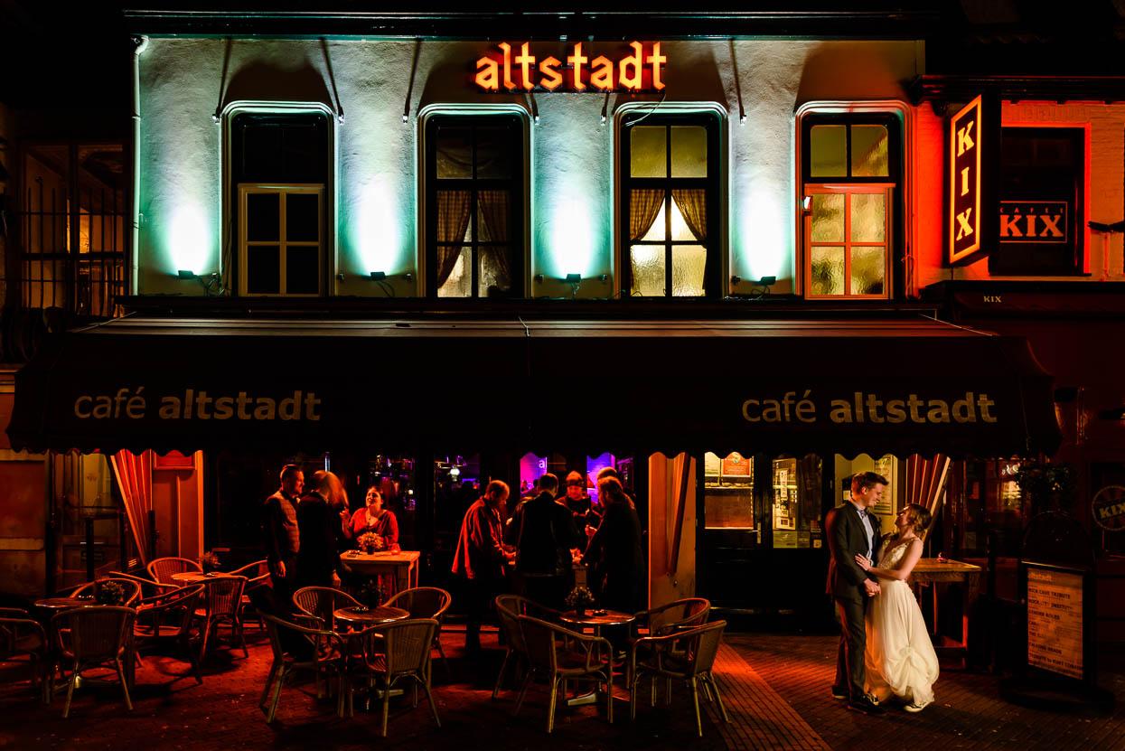gevel Altstadt met bruidspaar
