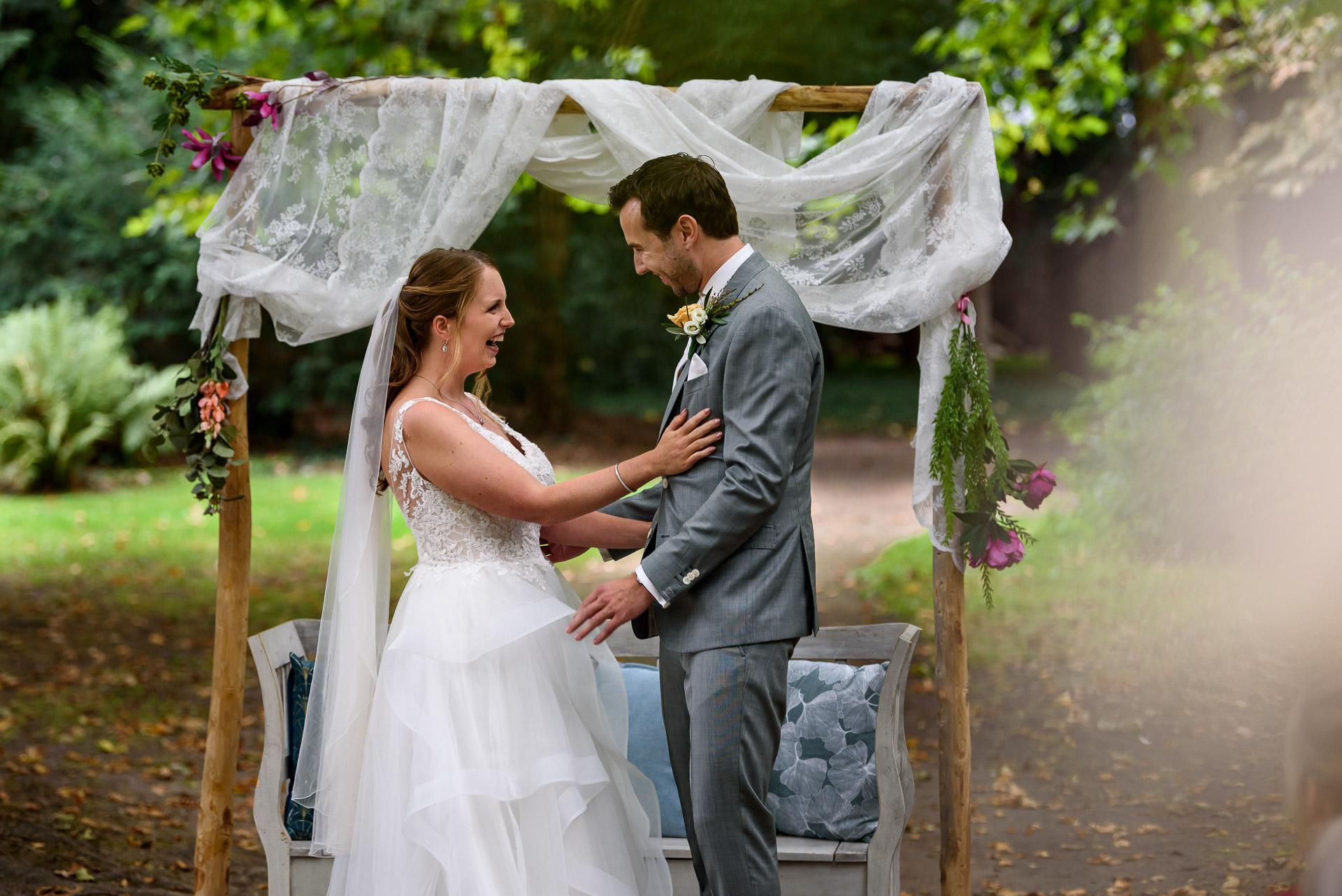 bruiloft buiten trouwen kasteelhoeve geldrop