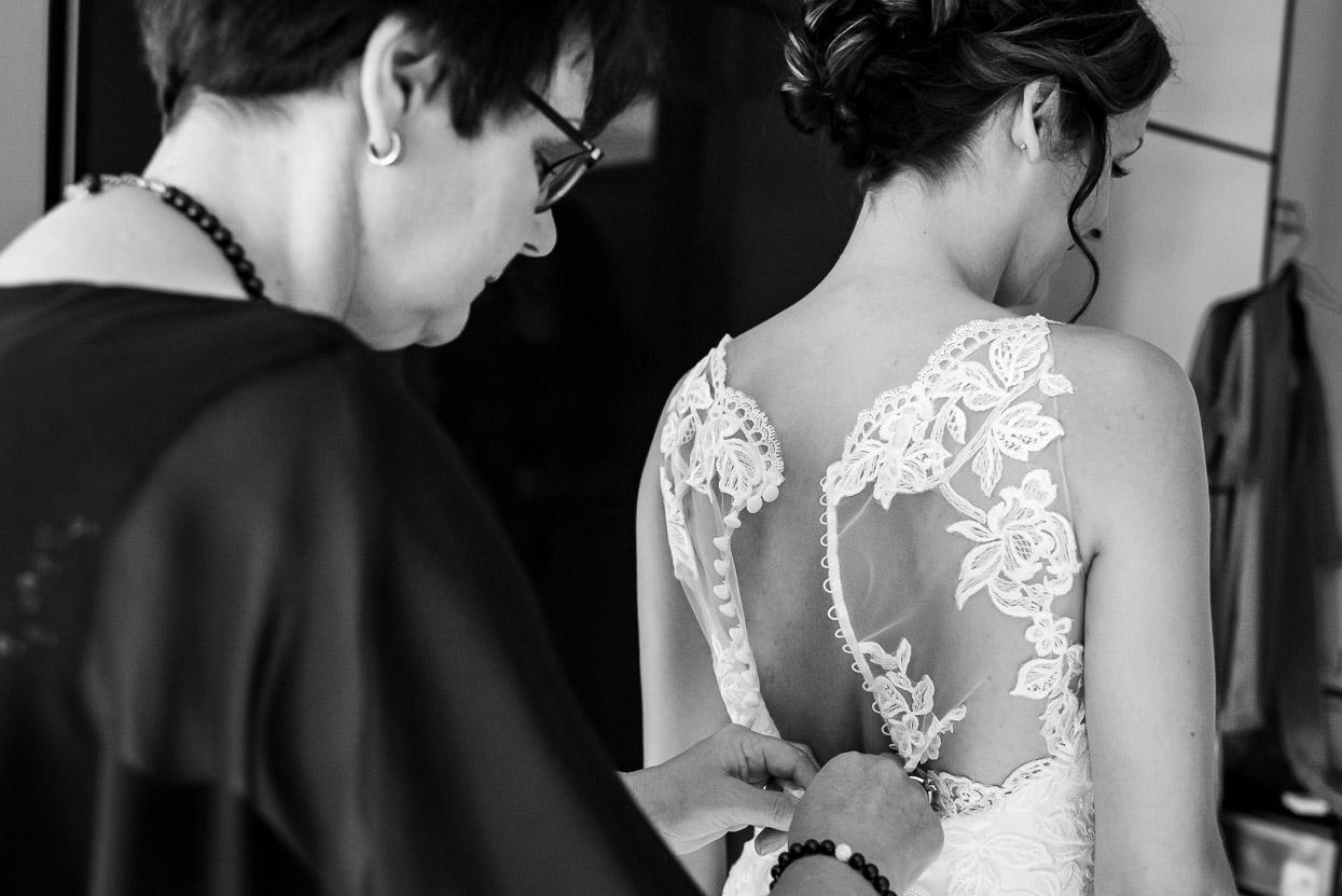 voorbereidingen bruid thuis